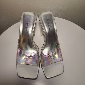 Michaelangelo lucite vintage clear heels